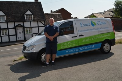 carpet and upholstery cleaner Redditch